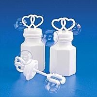 200 WHITE DOUBLE HEART WEDDING BUBBLES RETAIL BOXED