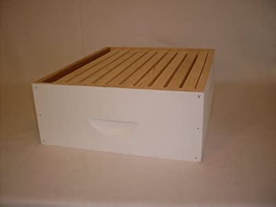 Medium Beehive Super with 10 Wooden Frames and Foundations