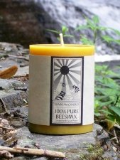"""Candle 100% Pure Beeswax Aromatherapy Clove Scented 3"""" x 4"""" Pillar"""
