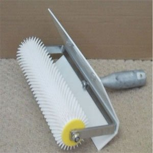spiked-roller-500mm-for-levelling-floor-compounds-light-weight-splash-tray-included