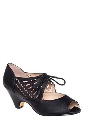 Javits Low Heel Pump