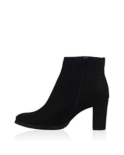 L37 Zapatos abotinados