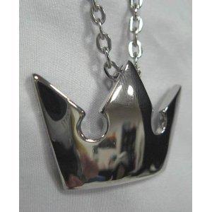 coser-kingdom-hearts-silver-crown-necklace