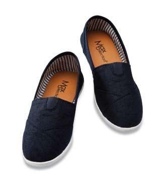 Mega Womens Slip on Canvas Shoe Navy Blue Size 7