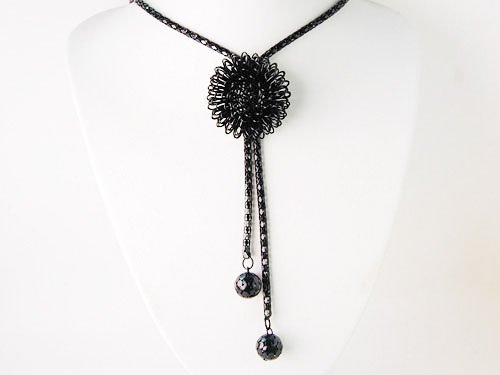 Fancy Black Chain Bursting 3-D Flower Dangling Tassel Fashion Jewelry Necklace