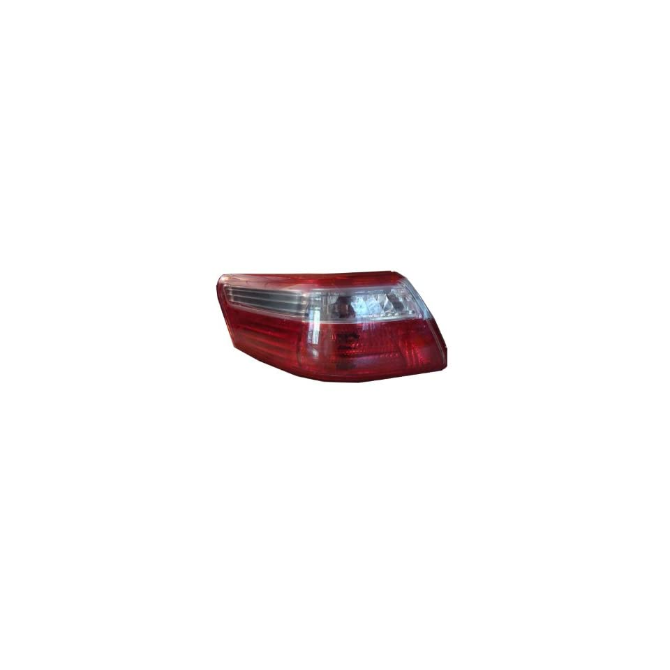 Depo 312 1978L US Toyota Camry Driver Side Tail Lamp Lens and Housing