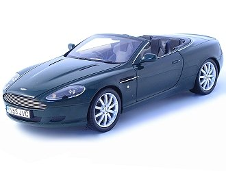 Die-cast Model Aston Martin DB9 Volante (1:18 scale in Dark Green)