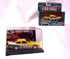 1999 Taurus Green Bay Packers Diecast Car front-834626