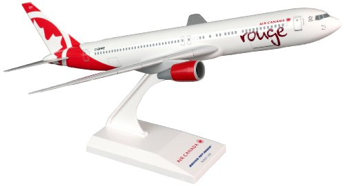 skymarks-skr767-air-canada-rouge-boeing-767-300-1200-snap-fit-model