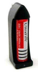 UltraFire 18650 3000mAh 3.7V Rechargeable Li-Ion Battery (Single) + Travel Charger Combo