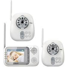 VTech - Safe & Sound 2.4GHz Full Color Video and Audio Baby Monitor w/Extra Camera Bundle