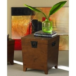 Mission Oak Finish Pyramid Storage Trunk End Table Review