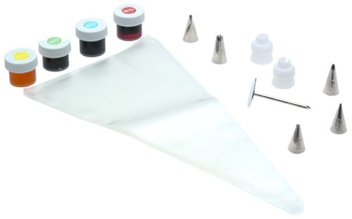 Wilton Basic Cake Decorating Set
