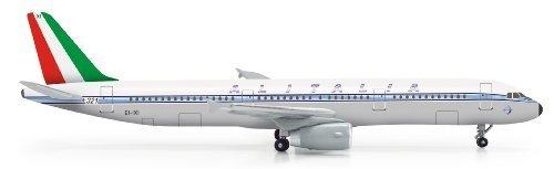 daron-herpa-alitalia-a321-retrojet-diecast-aircraft-1500-scale-by-daron
