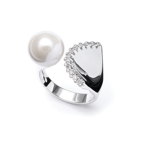 Fluted Edge CZ & Pearl Ring 9
