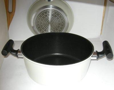 Saucepan 24cm dia 6.5cm Handle 10.5cm deep Carbon steel Nonstick Scratch Proof Guaranteed quality