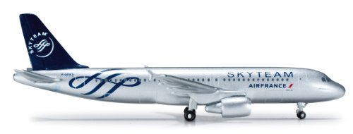 air-france-airbus-a320-skyteam