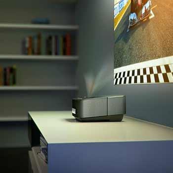Screeneo HDP1590 Smart LED Projector.