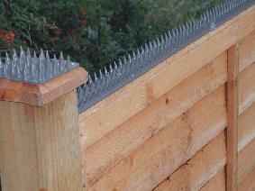 4m Home Security Fence Prikka Strip Amazon Co Uk Kitchen