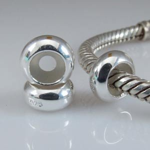 1 x plain small stopper sterling silver charm bead