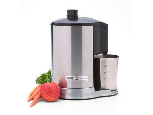 Waring 32-oz. Health Juice Extractor, Brushed Stainless and Black