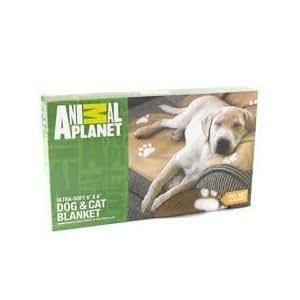 Amazoncom animal planet ultra soft dog cat blanket for Animal planet dog blanket