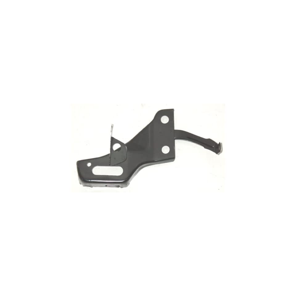 OE Replacement Toyota Pickup Front Passenger Side Bumper Bracket (Partslink Number TO1067113)