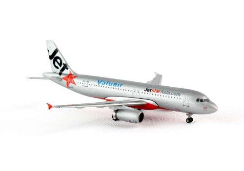 jcwings-jetstar-asie-a320-200-1-400-reg-9-v-jsd