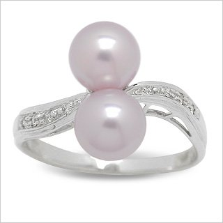 Size 9 14K white gold Kamil Freshwater cultured pearl ring