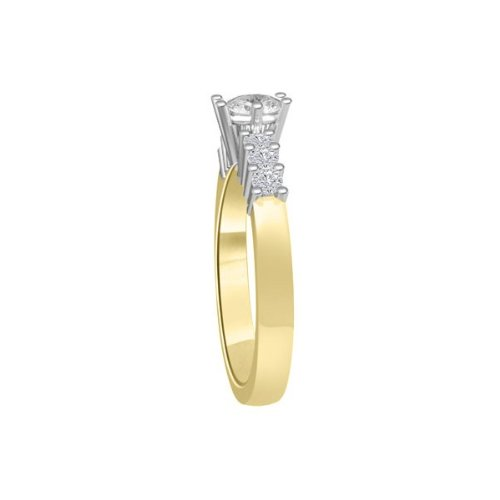 0.60 carat Diamond Engagement Ring for Women. G/SI1 Solitaire Round Brilliant with Shoulder set Diamonds 18ct Yellow & White Gold
