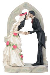 Love Never Dies Wedding Couple At Altar Statue Figurine