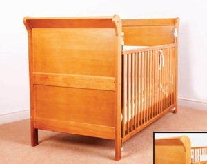 The Victoria Antique Cot/Junior Bed