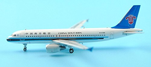 knlr-phoenix-11112-china-southern-airlines-b-6785-1400-a320