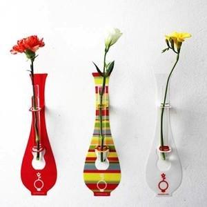 釘がいらないステッカー花瓶Nothing Vase Sサイズ(色 ロリポップ & レッド) おほようニッポン まちかど情報室