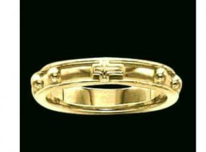 14k Yellow Gold Rosary Ring, Size 6