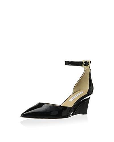 Diane von Furstenberg Women's Pretty Dress Pump