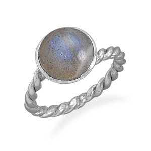 Sterling Silver Labradorite Ring with Twist Band / Size 7