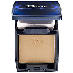 Dior DiorSkin Forever Compact Flawless & Moist Extreme Wear Makeup SPF 25 Apricot Beige 033