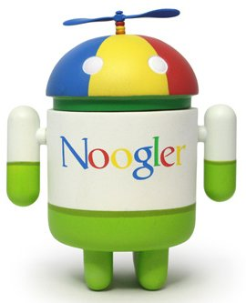 Buy Low Price DYZ Plastics Android Mini Collectible Series 02 Noogler 1/16 Ratio Vinyl Toy Robot Figures (B004SPKCFG)