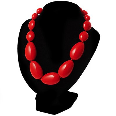 Red Plastic Graduated Nugget Choker Necklace