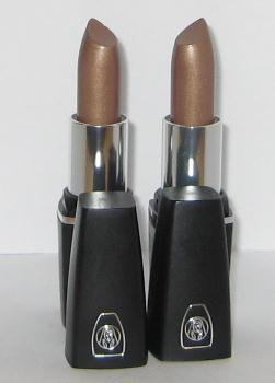 Oil of Olay ColorMoist Lipstick / SPF 15 ~ #605 Gold Token ~ Lot of 2