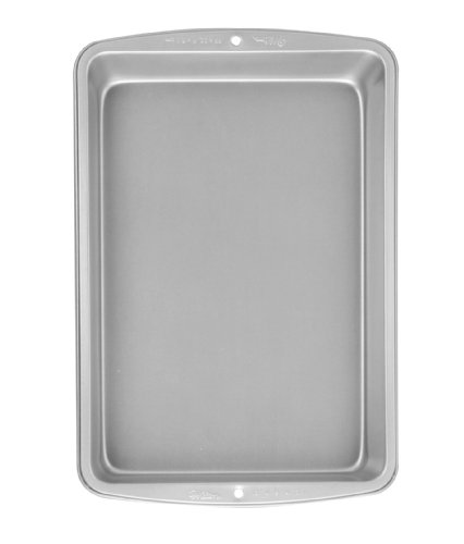Wilton Recipe Right 13 x 9 Inch Oblong Pan