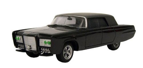 Buy Low Price Factory Entertainment The Green Hornet TV Series Black Beauty Collectible Die-Cast Vehicle with Weapons Drawn Figure (B004477V02)