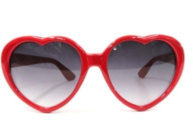 ハート 型 フレーム サングラス UVカット 防紫外線 可愛い 4色 ホワイト ピンク ブラック レッド (レッド)
