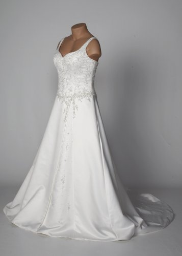 Ivory Duchess Satin Wedding Gown with Sweetheart Neckline
