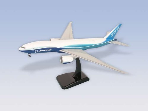 Hogan Wings B777-200F 1/200 Snap Fit Model Airplane