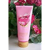 Victoria's Secret Strawberries And Champagne Ultra Moisturizing Hand And Body Cream 6.7 Fl Oz (200 Ml)