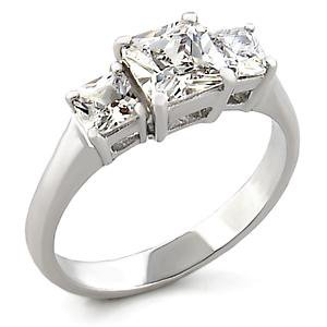 Isady - Dayane - Ladies Ring - trilogie - Cubic Zirconia Three stone ring