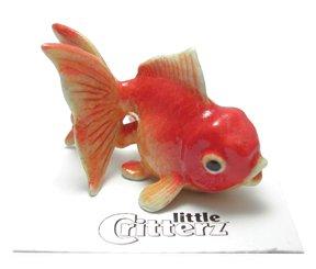 "Fantail Goldfish ""Fancy"" Swims New Miniature Figurine Porcelain Little Critterz Lc242"