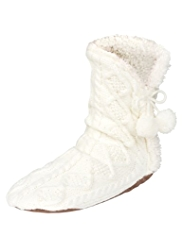 Cable Knit Faux Fur Moccasin Socks